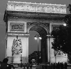 Der Pariser Arc de Triomphe