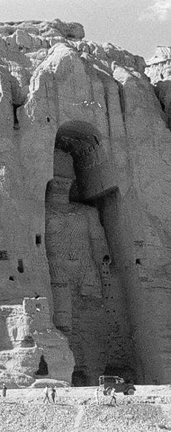 Die größere der Buddha Statuen von Bamiyan vor der Zerstörung