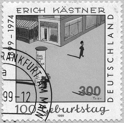 Briefmarke mit einer Szene aus Emil und die Detektive zu Ehren von Erich Kästner