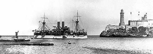 Die USS Maine im Hafen von Havanna